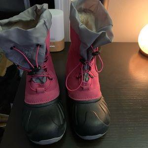 Girls UGG Snow boots EUC